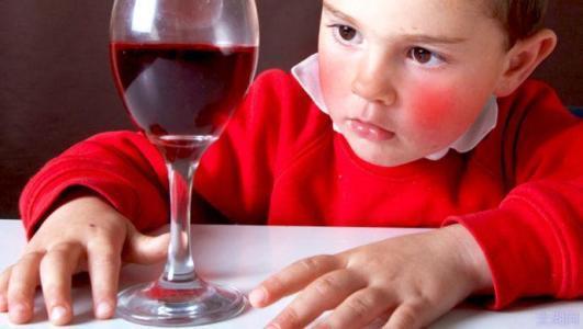 网传喝酒脸红肝脏好?实际是肝脏酵素功能不好