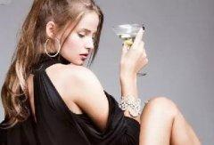 女人长期喝酵素好吗?